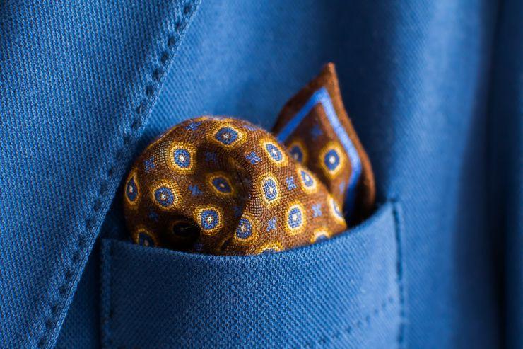Ukrasna maramica za odelo