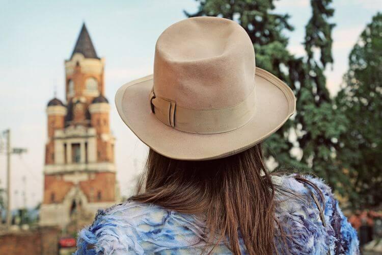 Devojka iz Zemuna - Turista