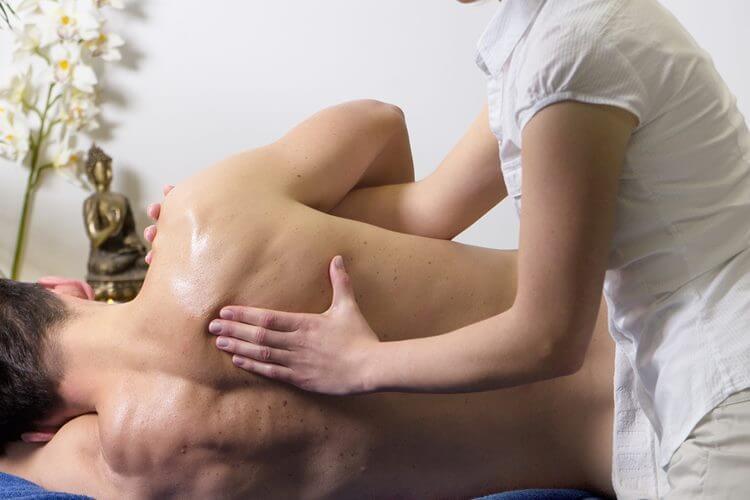 Kiropraktika na ramenu