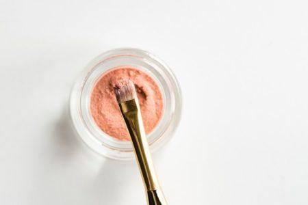 Četkica za šminkanje lica